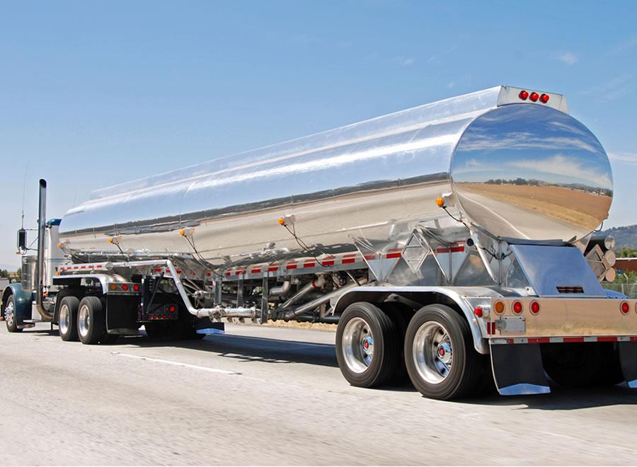 صهاريج-الشاحناتالقِطارات