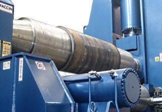 Dreiwalzen Rundbiegemaschine mit variablen Achsen 8