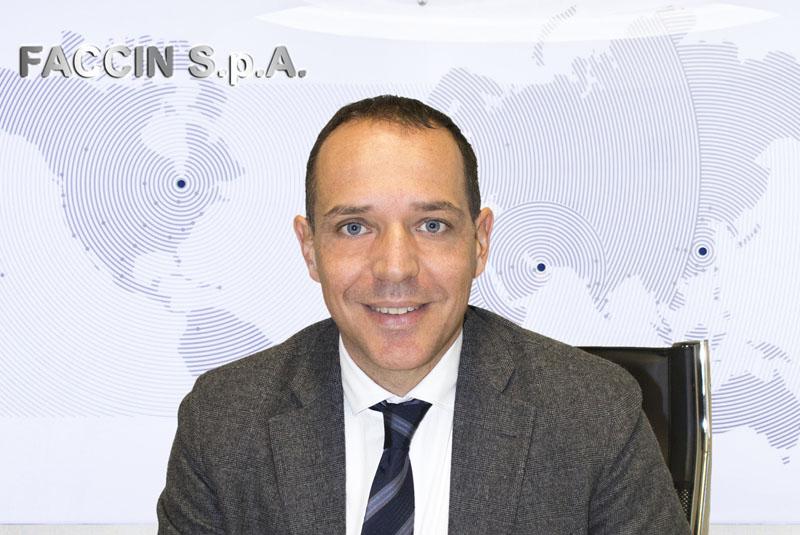 Faccin Group: CEO Andrea Ceretti con mappa mondo