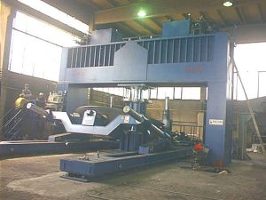 Faccin dished ends presses 1000 tons PPM+MA