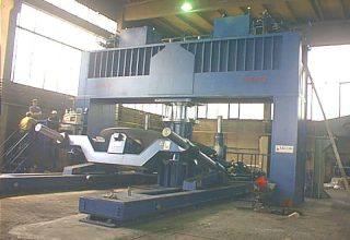 Dished ends presses 1000 tons