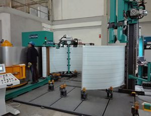 Faccin: green machine for the production of silos - vertical plate half curved