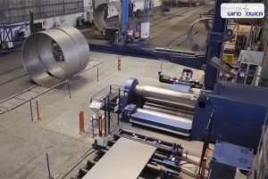 Faccin: blue plate rolling machines producing a rolled can wind tower controlled by a CNC Siemens