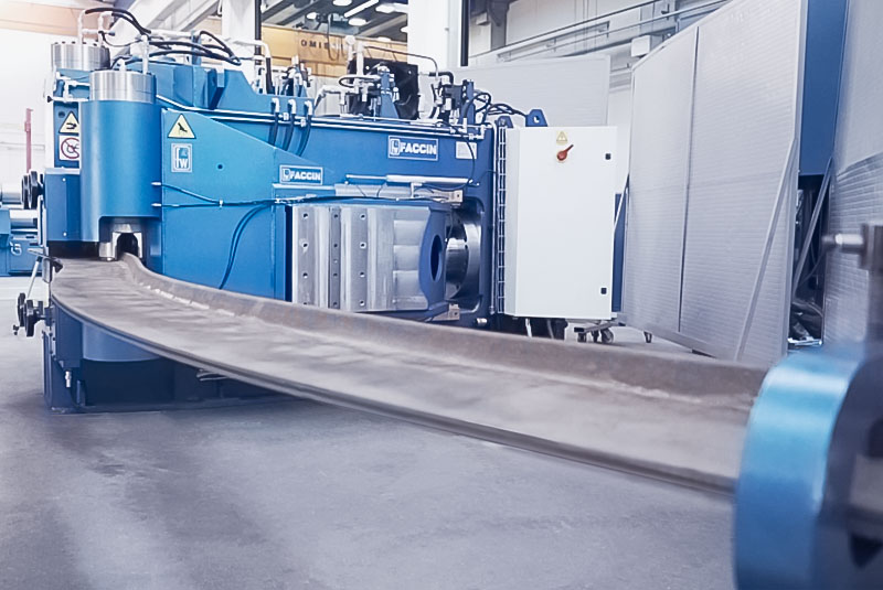 Faccin: blue frame bender with profile bended